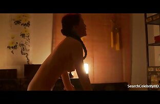 Casalinga matura video porno amatoriali girati di nascosto succhia il cazzo dell'agente porno e vuole prenderlo nella sua figa