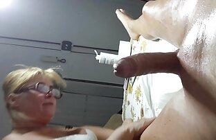 Due puttane depravato video amatoriali hd cazzo nel culo e bere sperma da esso
