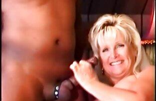 Giovane fidanzata aiuto porno mogli amatoriali italiane il cagna e lei lei bagnato micio con lei mano