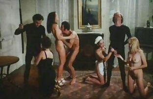 Giovani porno amatoriali fatti in casa ragazze, donne mature e adulti rubinetto mostra trio caldo
