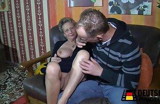Euro Babe in calze a rete è Prendere porno hd amatoriale in bocca mentre fisting